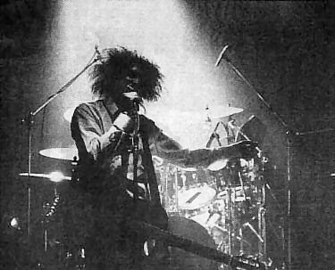 Robert Smith of the Cure 27/04/1984